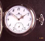 Deutsche Präzisions-Uhrenfabrik Glashütte e.G.m.b.H. Kaliner 43 Typ 1