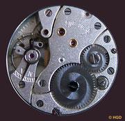 Werkseite des Werkkaliber 28 VEB Glashütter Uhrenbetriebe (GUB) - mit DDR Gütezeicen Q ab 1952