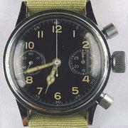 Zifferblatt des verchromten Chronographen ohne Tutima Logo