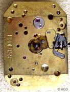 Urofa Kaliber 58 körnig vergoldet Zifferblattseite