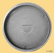 Bei den Modellen der Dr. Kurtz Uhrenfabrik Memmelsdorf haben die Innenseiten der Schraubböden keine Firmenkennung mehr