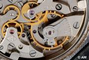 Der Kloben hat das Signet der 1.Moskauer Uhrenfabrik