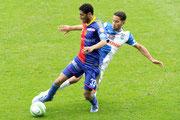 Mohamed Elneny (L, Basel) gegen Nassim Ben Khalifa (GCZ)