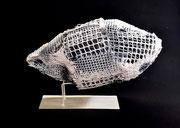Transparent  - Trama plástica y yeso - 2021  - 33 x 18 x 14 cm
