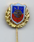 Kleine goldene Vereinsnadel:  für 30 Jahre Mitgliedschaft