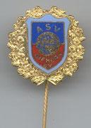Große goldene Vereinsnadel:  für 40 Jahre Mitgliedschaft