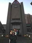 26日早稲田大学中央図書館前
