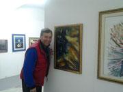 L'amico Giacomo Cangialosi vicino alla mia opera esposta presso Villa Malfitano Whitaker alla Biennale di Palermo