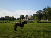 Sue l'hippodrome et le château de Pompadour