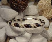 Rund geflochtenes Pferdehaararmband aus 3 verschiedenen Farben