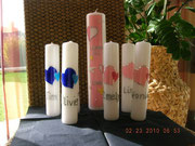 Hauptkerze mit kleinen Give-Away-Kerzen