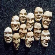 Gesichter aus Eicheln