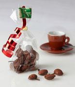 Espressobohnen im zarten Schokomantel