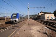 Les Laume-Alésia. 9 octobre 2005. Z 27505-27506. Train 891264 en provenance de Dijon-Ville. Cliché Pierre BAZIN