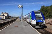 Longueville. 20 septembre 2010. B 82533-82534 + 82539-82540. Train 117535 Paris-Est - Provins. Cliché Pierre BAZIN