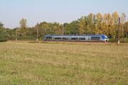 Brienon-sur-Armançon. 9 octobre 2005. B 81500. Train 891331 Auxerre-Saint-Gervais - Dijon-Ville. Cliché Pierre BAZIN