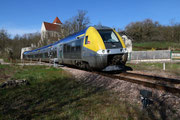 Prégilbert. 7 avril 2015. B 81565-81566. Train 891159 Paris-Bercy - Clamecy. Cliché Pierre BAZIN