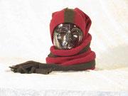 Winterling als Mütze und Schal