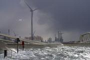 07 Storm aan zee