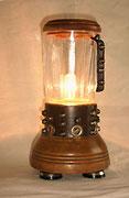 """2002 """"FRULL"""" terzo esercizio di stile sull'idea del frullatore luminoso. episodio basato sul riciclaggio estremo degli scarti propri"""