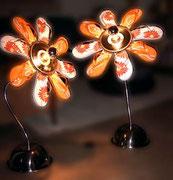 """2003 """"SandyLight-MargheR+MargheL"""" coppia di lampade floreali. Personale tributo al tempo in cui le ciabatte infradito non erano trendy ma solo ciabatte economiche e nei baracchini in prossimità delle spiagge non poteva mancare il suono di un juke box"""