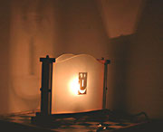 """2001 """"FeliceAnnoNuovo"""".   piccola quantità(nove in tutto) di gemelline da nome e dall'aspetto ottimistico. questa lampada prende finalmente l'aspetto caldo, rassicurante e ben augurale"""