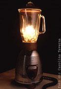 """2000 """"FROZEN"""" Ideata durante la creazione di """"girrrmi"""" aspettava solo il ritrovamenro del pezzo giusto: un bel frullatore fuso. si trasforma in una lampada da tavolo a luce variabile.La prima del 2000"""