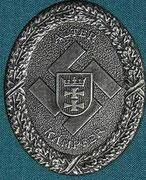 Pamiątkowa odznaka Gau Danzig (okręgu gdańskiego) NSDAP- przypinana bezpośrednio do munduru (kieszeń na lewej piersi). Nad swastyką napis ALTER KAMPFER - (stary bojownik)