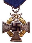 Odznaka za pracę urzędniczą 50 lat, znane są również 1 klasy za 40 lat słuzby publicznej i 2 klasy za 25 lat