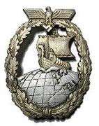 Odznaka przyznawana za długie rejsy morskie, na rajderach czyli krążownikach pomocniczych