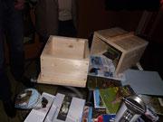 Neben den umfangeichen NABU-Materialien fiel besonders die Holzform auf
