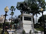 Statue of Simon Bolivar in Parque Bolivar (also known as Parque Iguana), Guayaquil, Ecuador