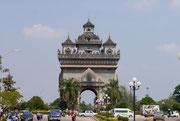 Patuxia (Arch de Triumph) - Victory Monument, Vientiane, Laos