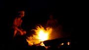 Dingo and Dan manufactured a few fuegos with madera mojada - Islas San Blas, Panama