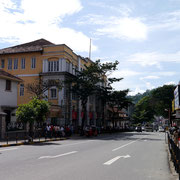 walking the streets of Kandy