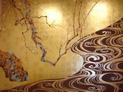 японская роспись по золоту