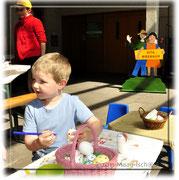 Der Enkel des Eierlieferanten malte auch fleissig mit