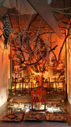 Der Apfelbaum durch die Wiege gewachsen ohne Wurzeln-eine Mahnung an die Welt-