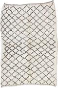 8. Berberteppich, Mittlerer Atlas, Beni Ouarain, 4. Viertel 20. Jahrhundert,  227 x 158 cm