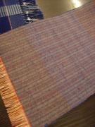 コルリブルーな2色の青い糸を選んで、はじめて織ったマイ上田紬です。