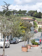 oben am Berg eine Tomba etrusca