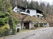 BESTAND Wohnhaus am Berg mit Sicht ins Dettenbachhtal