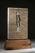memoria I, marmo bianco statuario, legno