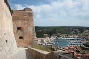Bonifacio - Accès à la citadelle - Vue sur le port