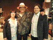 Pressefoto Matthias Laurenz Gräff, Erik Trauner (Mitte, Mojo Blues Band) und Georgia Kazantzidu in der Käsemacher Welt in Heidenreichstein