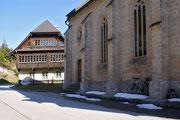 Kirche Neuhaus - Schnee auf über 1000 M Seehöhe