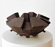 """Circle - 15 wedges  (C-32)""      H.16x35x35cm/mild steel/2002 (作家蔵)"