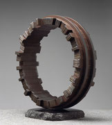 """Circle - harmony (48 wedges)  <C-13>""               H.49x45x21cm/mild steel/1994"