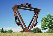 """""""Metamorphosis - door to the future  (M-25)""""         H.250x250x100cm/cor-ten steel/2008"""