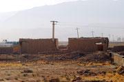 Spuren des Kriegs rings um Mazar-e-Sharif...